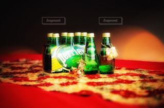 クローズ ボトルのアップの写真・画像素材[910307]