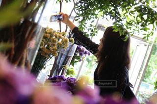 風景,花,カメラ,自撮り,東京,かわいい,フラワー,紫,室内,女の子,人物,セルフィー,人,iphone,ポートレート,一眼レフ,canon,草木,花屋,ニコライバーグマン,セルフショット,インカメ