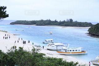 海に浮かぶボートの写真・画像素材[2329721]