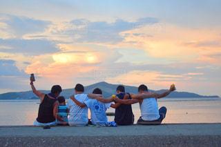 ビーチの人々 のグループの写真・画像素材[1427161]