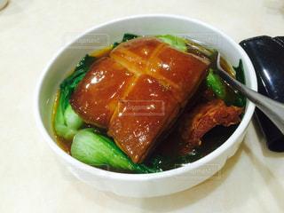 台湾,小籠包,角煮,照り,トンポーロー,ジンディンロウ,トンポウロウ