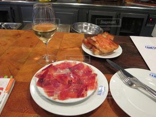 ワイン,スペイン,バルセロナ,生ハム,バル,スペインバル,カニェテ,パン コン トマテ