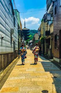 女性,屋外,京都,後ろ姿,女,女の子,人物,背中,着物,人,浴衣,後姿,街中,姿