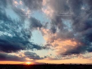 空の雲の写真・画像素材[883611]