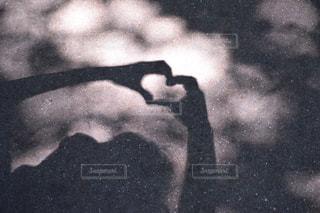 モノクロ,手,白黒,影,ハート,愛,ポジティブ