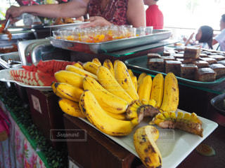 夏,南国,黄色,鮮やか,たべもの,果実,イエロー,色,黄,yellow,バナナ