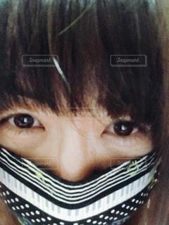 マスクをした女性の写真・画像素材[1067234]