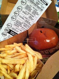 ハンバーガー,アメリカ,LA,ロサンゼルス,Rounds Premium Burgers