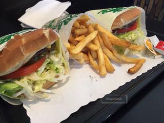 ハンバーガー,アメリカ,LA,Tom's