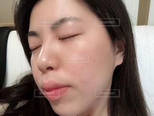 女性,20代,唇,鼻,口,すっぴん,キメ,肌,毛穴,コラーゲン,潤い