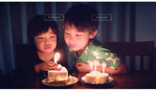 子ども,ケーキ,誕生日,男の子,兄弟,ロウソク