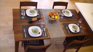 インテリア,食卓,テーブル,食器,ダイニング,コーディネート