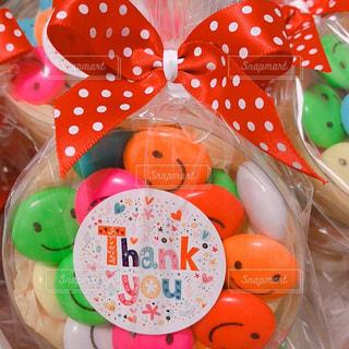 文字,赤,カラフル,スマイル,プレゼント,英語,リボン,水玉,チョコレート,英字,バレンタイン,装飾,チョコ,ドット,ありがとう,Thank you,柄,りぼん,ラッピング