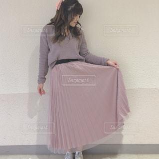 ドレスを着ている女性の写真・画像素材[1822279]