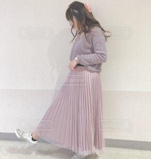 ドレスを着ている女性の写真・画像素材[1822287]