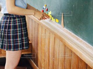 女性,学生,足,手,女の子,スカート,学校,黒板,制服,女子高生,マグネット