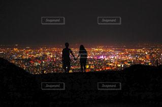 夜景カップルの写真・画像素材[377332]