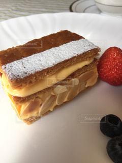 ケーキ,甘い,ミルフィーユ,手作り,イチゴ,カスタードクリーム