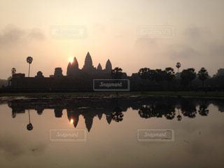 自然,空,屋外,朝日,水面,朝焼け,樹木,旅行,日の出,カンボジア,アンコールワット,サンライズ