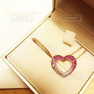 ピンク,プレゼント,ハート,ネックレス,宝石,ジュエリー,ダイヤ,パヴェ,ピンクサファイヤ