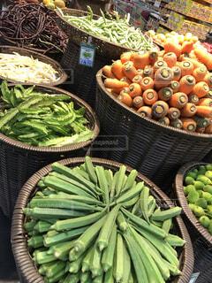 食べ物,海外,果物,野菜,食品,人参,たくさん,オクラ,スーパー,食材,フレッシュ,スリランカ,量り売り,ベジタブル,配置