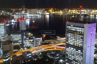 夜の都市の写真・画像素材[4068381]