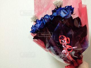 #花,#プレゼント,#ブルー,#花束,#サプライズ,#バラ,#ホワイト,#ブルーローズ,#21本,#花言葉,#真実の愛,#青いバラ,#神の祝福