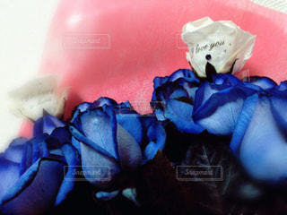 #花,#プレゼント,#ブルー,#花束,#サプライズ,#ホワイト,#ブルーローズ,#21本,#花言葉,#真実の愛,#青いバラ,#神の祝福