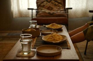 食べ物,カフェ,コーヒー,屋内,テーブル,リラックス,食器,おうちカフェ,ドリンク,木目,おうち,ライフスタイル,スナック,コーヒー カップ,おうち時間