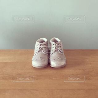 初めての靴の贈り物の写真・画像素材[4396340]