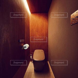 トイレの間接照明の写真・画像素材[4599611]