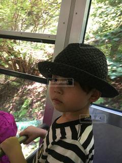 帽子をかぶった少年 - No.914013