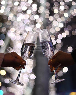 女性,友だち,2人,イルミネーション,人,ワイン,ドリンク,シャンパン,グランフロント大阪,シャンパンゴールド,グランフロント 大阪