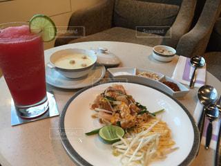 タイ,タイ料理,パッタイ,バンコク,ROYAL FIRST
