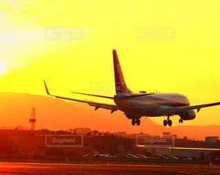 空,夕焼け,飛行機,伊丹空港