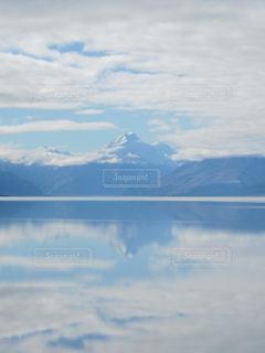 自然,風景,空,絶景,湖,海外,白,雲,青,山,反射,観光,旅行,ニュージーランド,南半球