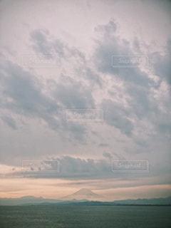 空の雲の群の写真・画像素材[3010888]