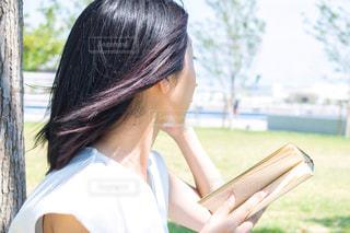 女性,自然,屋外,綺麗,読書