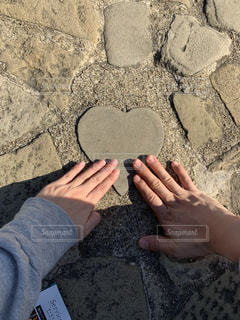 ハートの石の写真・画像素材[1607526]