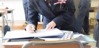 学生,教室,寄せ書き,メッセージ,制服,アルバム,卒業式