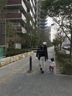 家族,子供,仲良し,嬉しい,赤ちゃん,歩道