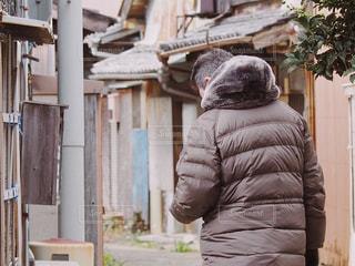 男性,風景,田舎,レトロ,旅行,和歌山,古い街並み,防寒,湯浅,色・表現,感覚・感情,醤油発祥の地