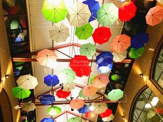 カラフルな傘 - No.795202