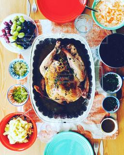 感謝祭 (Thanksgiving Day) といえばターキーの丸焼き🦃 / テーブルフォト - No.1036298