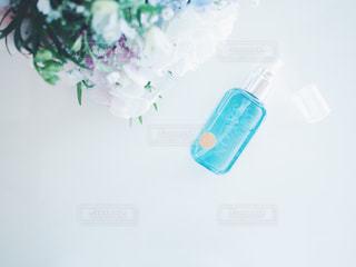 イノセントタイム クローズ ボトルのアップの写真・画像素材[1154292]