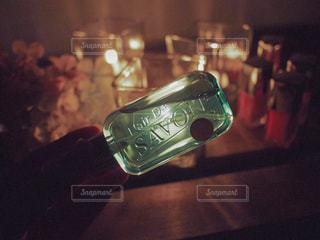 イノセントタイム【レールデュサボン】ローズシャボンの上品な香りにつつまれる夜はキャンドルを灯して。1日のわたしを癒すとっておきなアイテムであるとろりんジェル香水はつけ心地もgood☺︎の写真・画像素材[1169226]