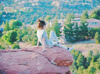 山の上に立っている人 アメリカ・セドナにての写真・画像素材[1322426]