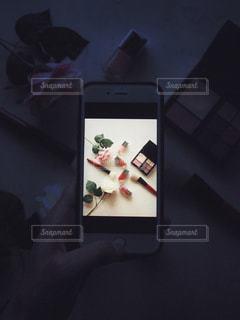 フォトインフォト スマホ 携帯電話の画面 コスメの写真・画像素材[1452480]