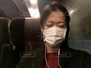 女性 マスク 風邪予防に必須アイテムの写真・画像素材[1677017]