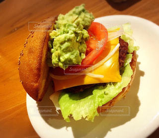ハンバーガー,アボカド